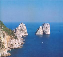 I celebri Faraglioni di Capri