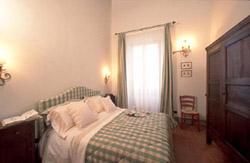 Florence Tuscany Accommodation: Double bedroom of Ghiberti Accommodation in Florence