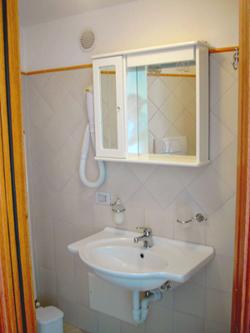 Apartment in Positano: The Bathroom of Ludovica Type A Apartment in Positano