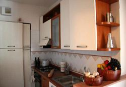 Kitchen of the Maiori Girasole apartment