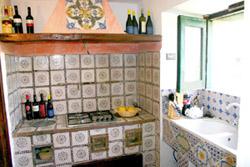Sorrento Suite: The kitchen of Suite Alimuri in Sorrento