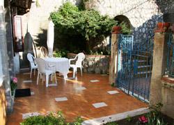 Terrace garden of the Maiori Girasole apartment