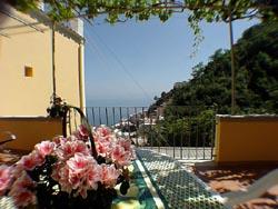 Positano Apartment: Sea-view from the large terrace of Romantica Apartment in Positano